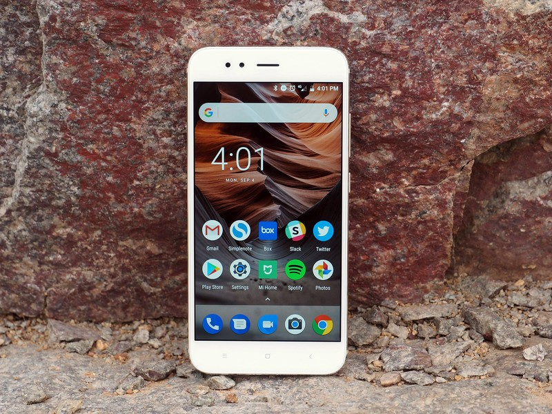 Xiaomi Mi A1 with Magisk will enable Night Light, Camera 2 API, slow