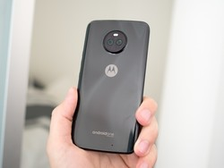 The Moto X4's kernel sources have been published by Motorola