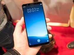 Vivo's in-display fingerprint sensor is the future of smartphone biometrics